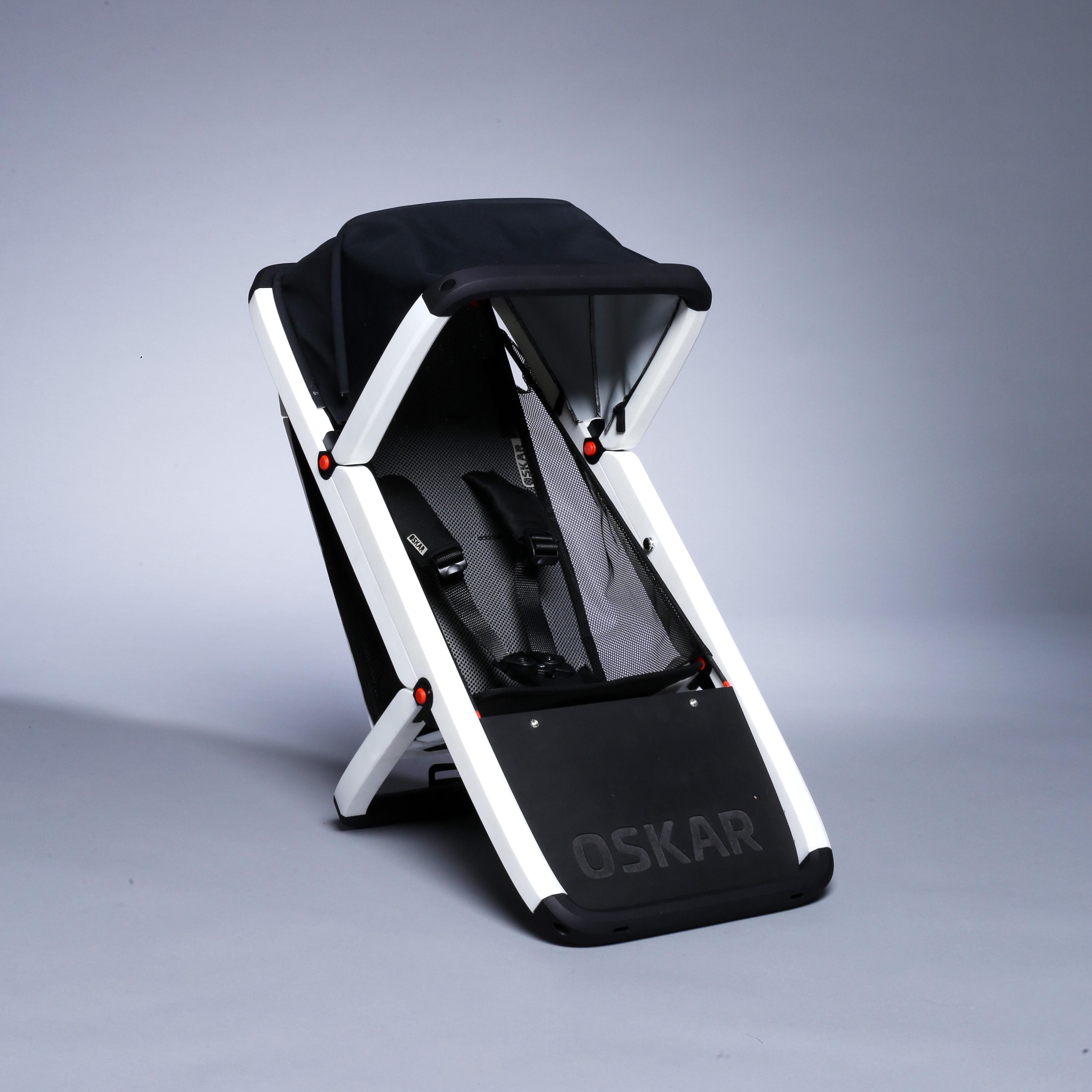 OSKAR – Der Kindersitz für intermodale Routen. Leicht, Komfortabel, Sicher
